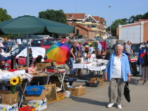 And Burgdorf Flohmarkt In could